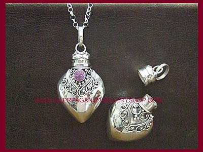 Silver Poison Locket Pendant *MORE STOCK SOON*