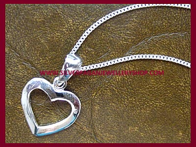 Plain Heart Pendant Necklace