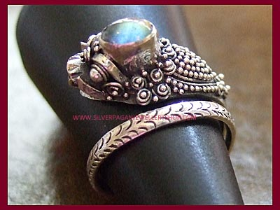Dragon Wrap Ring - Labradorite *MORE SOON*