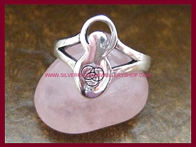 Goddess Ring - Triquetra