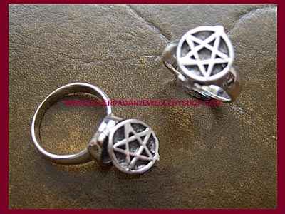 Poison Pentagram Ring