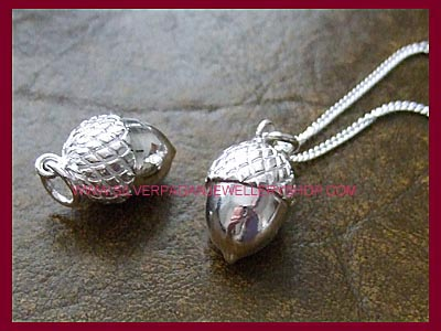 Acorn Pendant Necklace