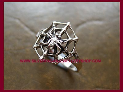 Spider Ring *MORE STOCK SOON*