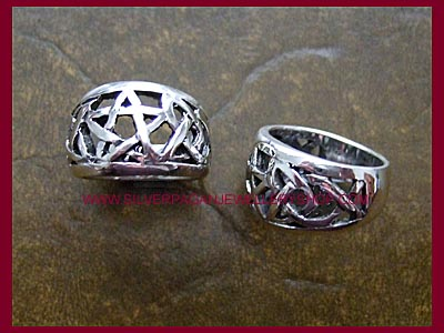 Pentagram Ring 4 **MORE STOCK SOON**