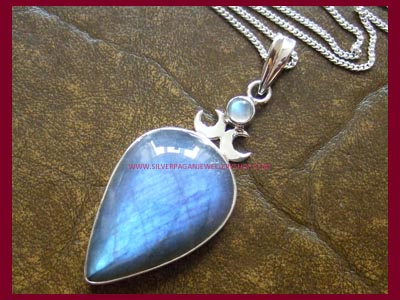 Goddess Pendant - Labradorite *MORE STOCK SOON*