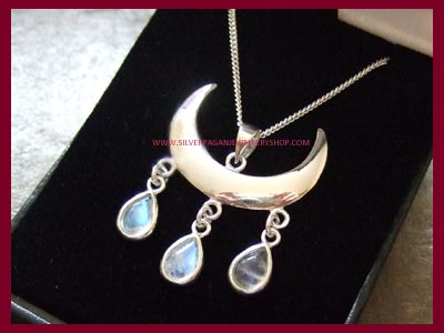 Wiccan Moon Blessings Necklace - Rainbow Moonstone